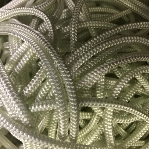Шнур стекловолоконный уплотнительный (стеклошнур) плетеный